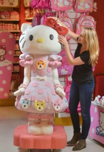 a 5 foot tall cake that looks like Hello Kitty with the maker Sarah Hardy